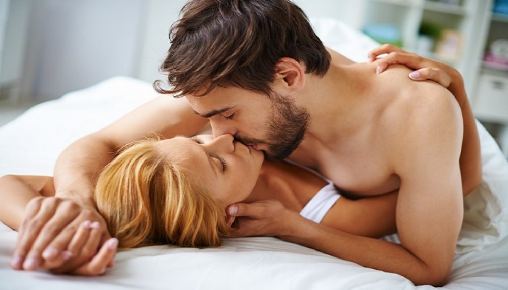 Những điều đàn ông đặc biệt muốn các nàng làm sau cánh cửa phòng ngủ - 1