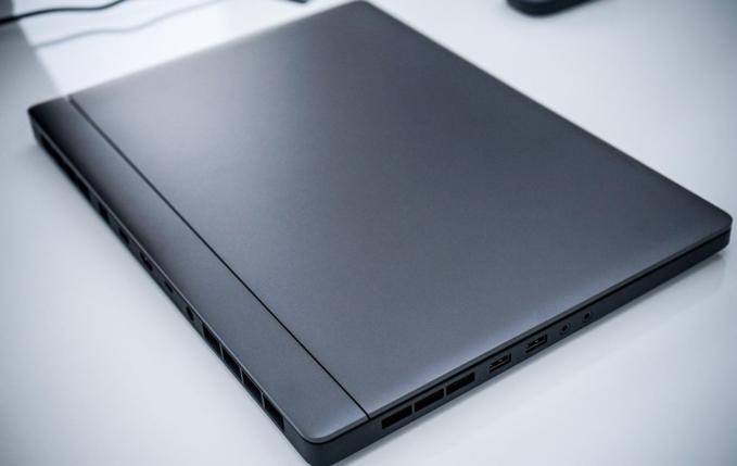 Xiaomi ra mắt chiếc laptop chơi game đầu tiên với cấu hình khủng - 2