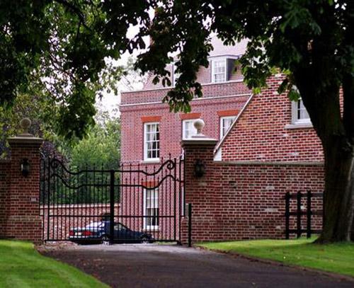 Beckham bán cung điện beckingham thu lời 300 tỷ - 6