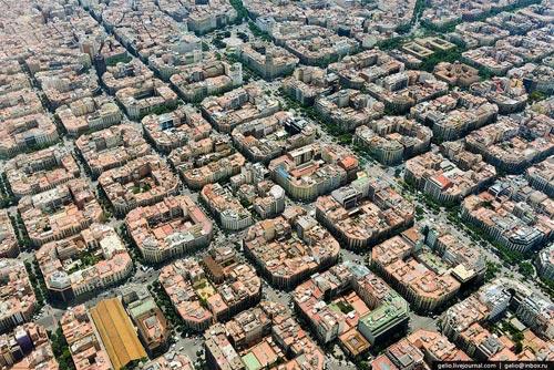 Kiến trúc eixample barcelona khác hẳn việt nam - 3