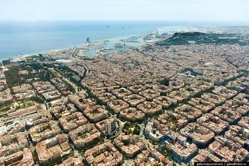 Kiến trúc eixample barcelona khác hẳn việt nam - 4