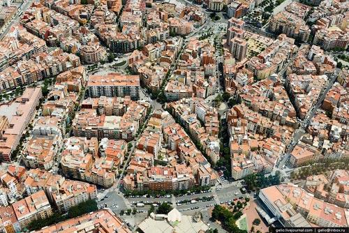Kiến trúc eixample barcelona khác hẳn việt nam - 7