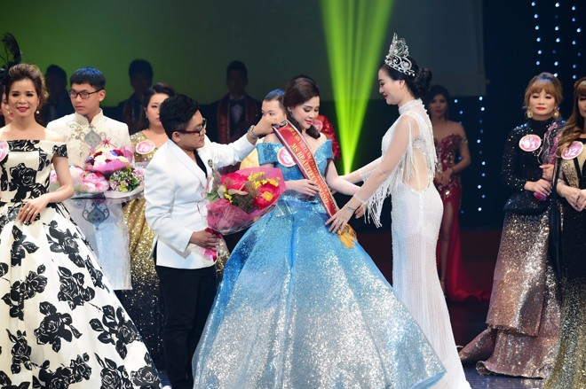Người đẹp thanh trang xuất sắc đạt giải hoa hậu doanh nhân có làn da đẹp nhất - 3
