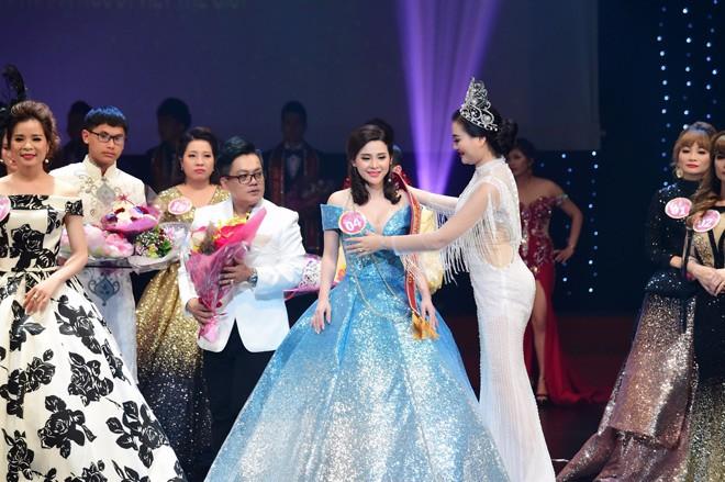 Người đẹp thanh trang xuất sắc đạt giải hoa hậu doanh nhân có làn da đẹp nhất - 4