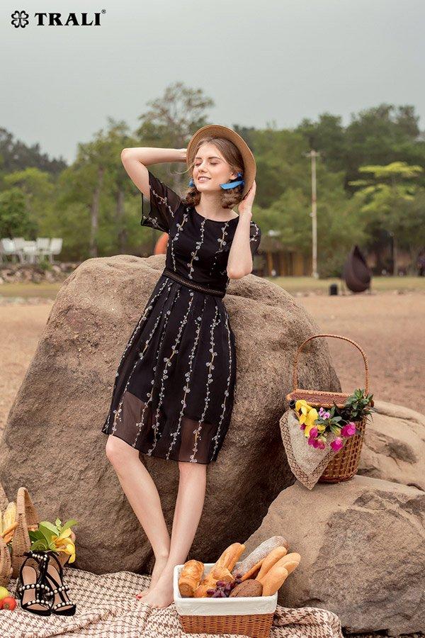 9 phong cách thời trang du lịch cho kỳ nghỉ lễ - 4