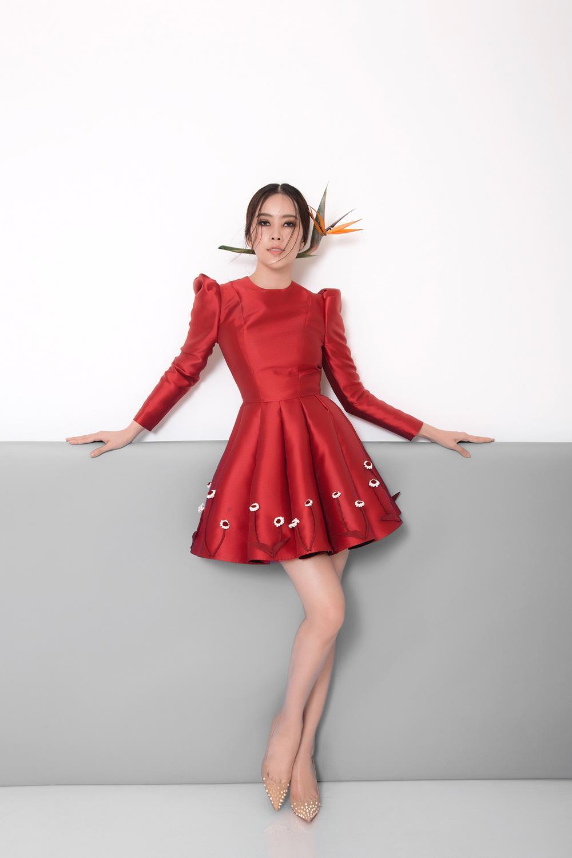 Hậu scandals tình ái nam em trở lại xinh đẹp ngọt ngào với loạt váy ấn tượng - 6