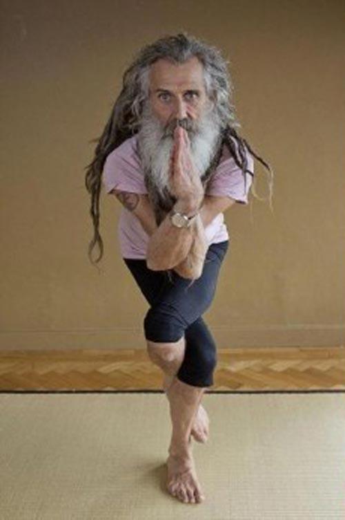 Người đàn ông dạy yoga nổi tiếng nhất nước anh - 1