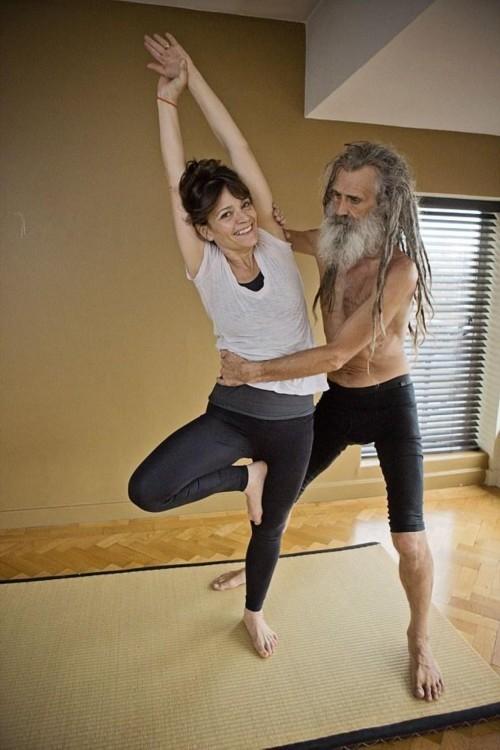 Người đàn ông dạy yoga nổi tiếng nhất nước anh - 2