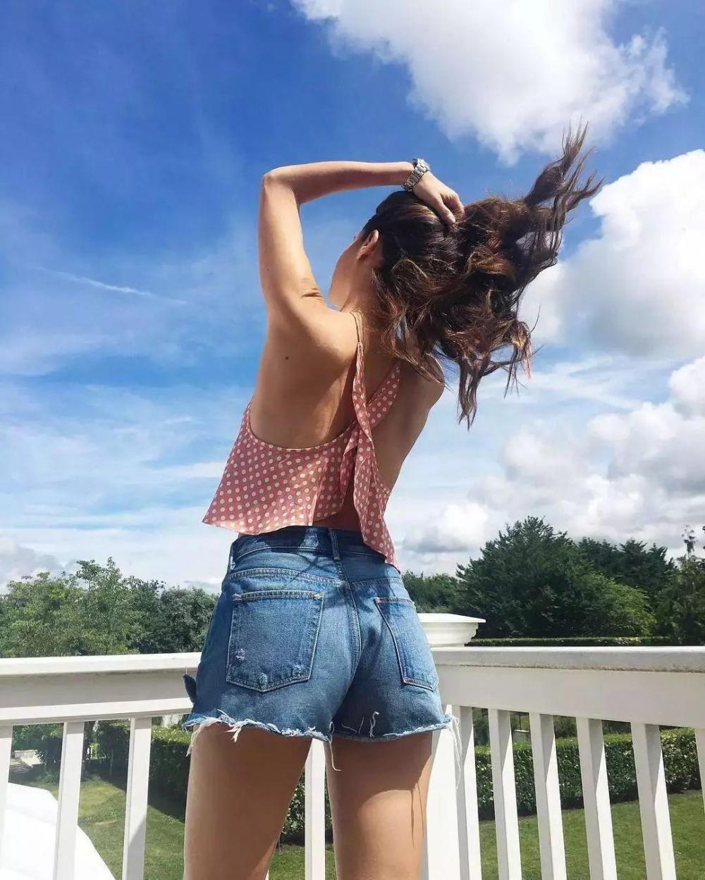 5 cách thổi bay nhàm chán với chiếc quần không thể thiếu trong mùa hè - 16