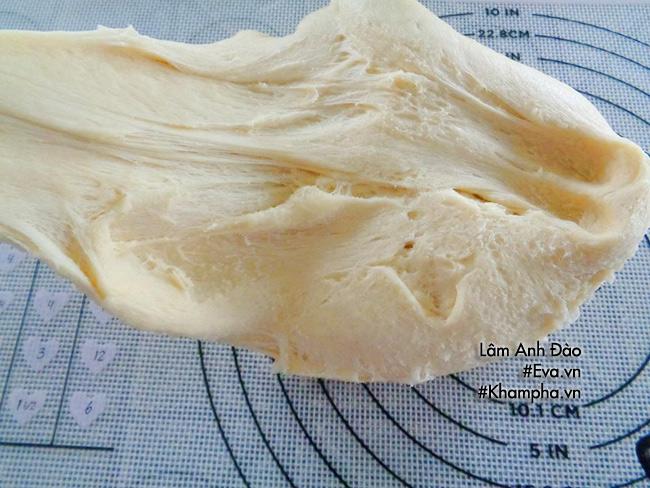 Ăn sáng với bánh mì chiên nhân kem custard chảy thơm lừng béo ngậy - 8