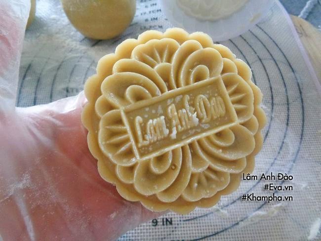 Cách làm bánh nướng nhân khoai môn dẻo đơn giản ngon miệng - 9