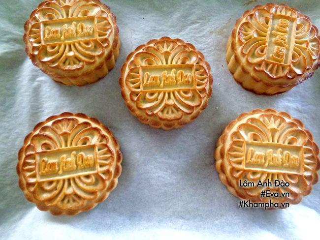 Cách làm bánh nướng nhân khoai môn dẻo đơn giản ngon miệng - 12