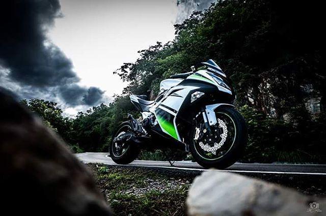 Kawasaki zx8r - sự nâng cấp của z800 lên sportbike - 2