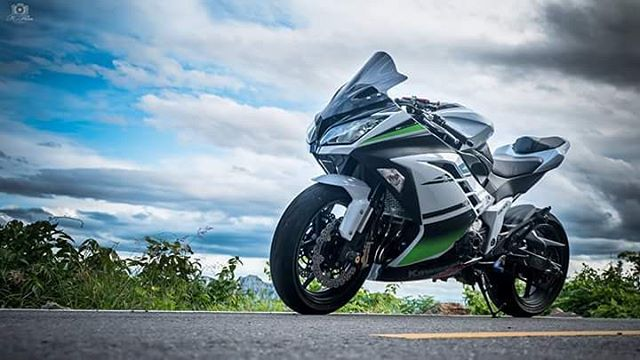 Kawasaki zx8r - sự nâng cấp của z800 lên sportbike - 1