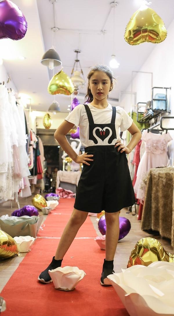 Mẫu nhí xuất hiện sành điệu trong buổi casting show diễn bst fairy land của ntk thảo nguyễn - 10