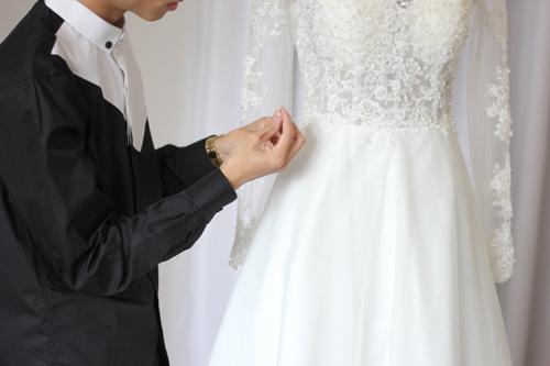 Cận cảnh váy cưới tâm tít sẽ mặc trong hôn lễ - 3