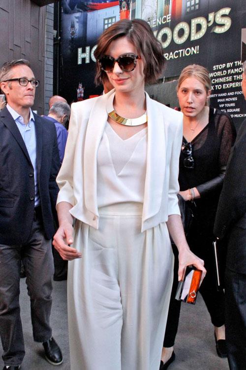 Mặc đồ trắng mùa đông gợi cảm như mỹ nhân hollywood - 7