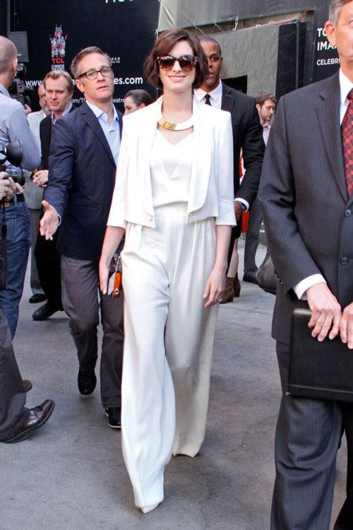 Mặc đồ trắng mùa đông gợi cảm như mỹ nhân hollywood - 8