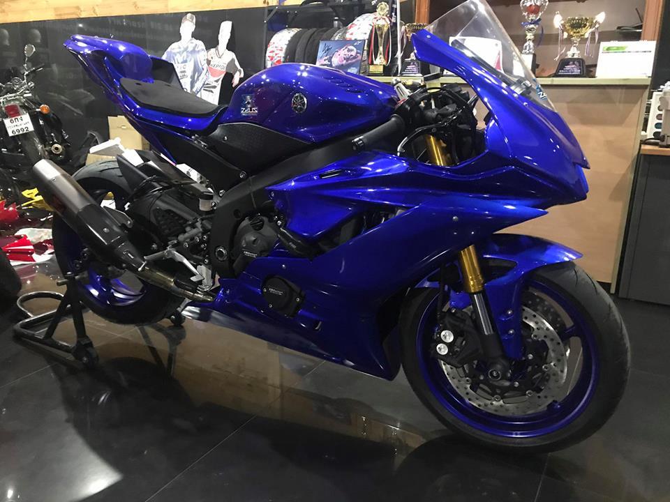 Yamaha r6 vẻ đẹp hiếu chiến qua hình thái áo đấu - 3